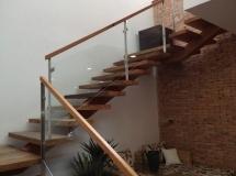 Escada-em-L-215x161