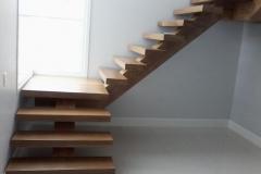 Escada-em-L1-1024x768
